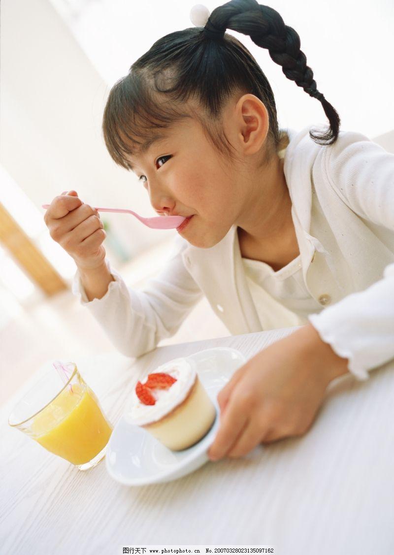 李希民 宝宝 创意 负面影响 甚多 不吃早餐/快乐家庭0045