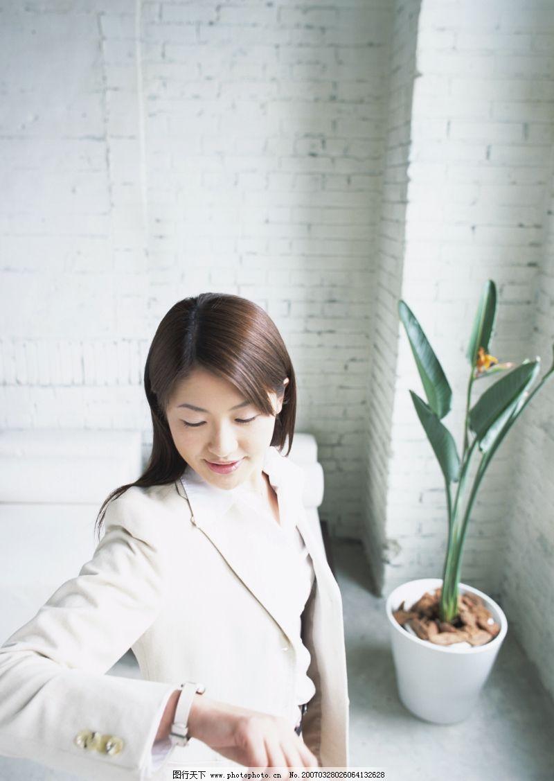 温馨家庭0014_休闲娱乐_生活百科_图行天下图库